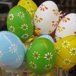 easter-eggs-decoration-1386022-m